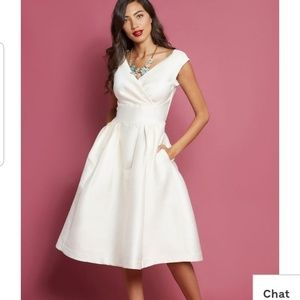 NWT Emily and Fin Keener Postures Dress in Ivory